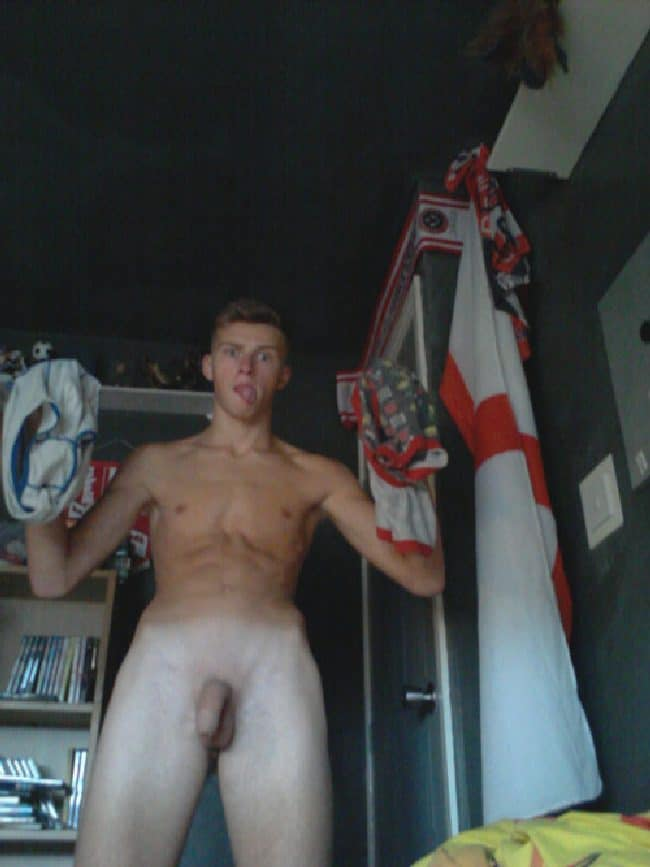 Sexy Nude Twink