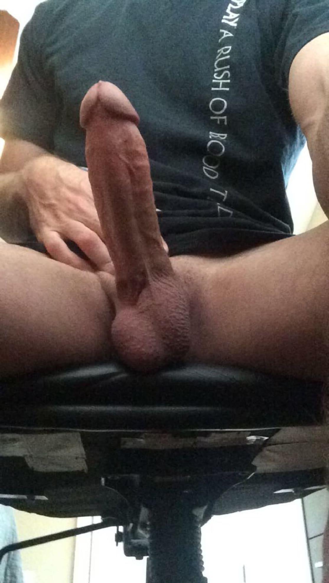 Webcam Man Showing Cock And Balls - Men Showing Cocks